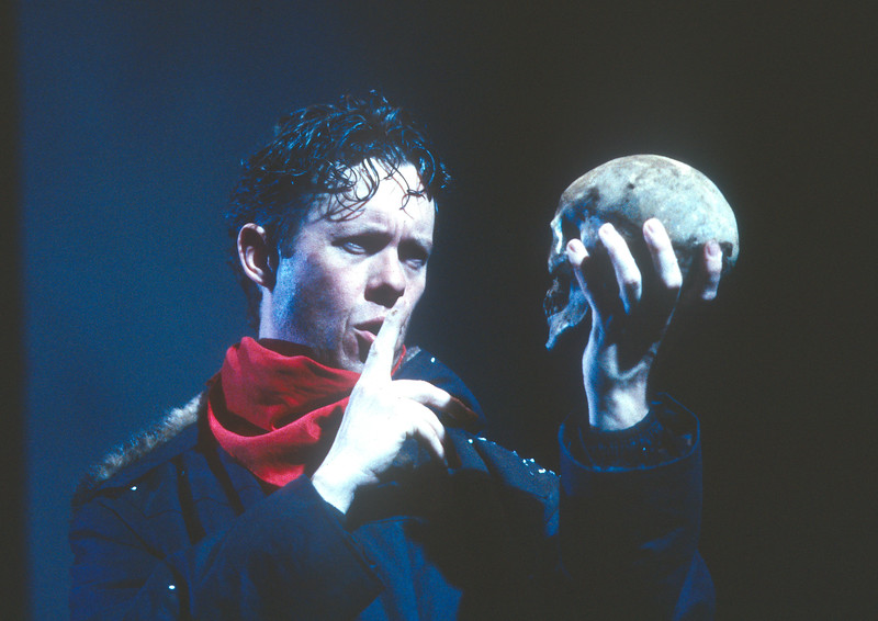 'Hamlet' Play performed by the Royal Shakespeare Company, UK 1997