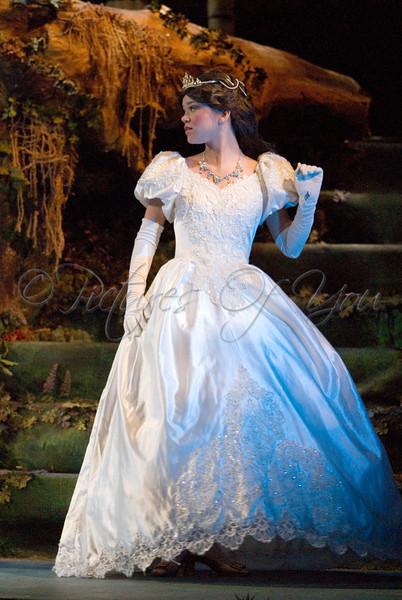 Cinderella played by Kelly Swint