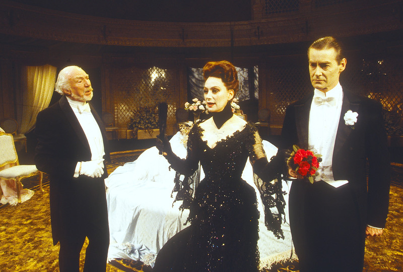 'Lady Windermere's Fan' Play performed by Glasgow Citizens Theatre Company, UK 1994