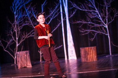 McC Edu Lion Witch at Stuart-5644