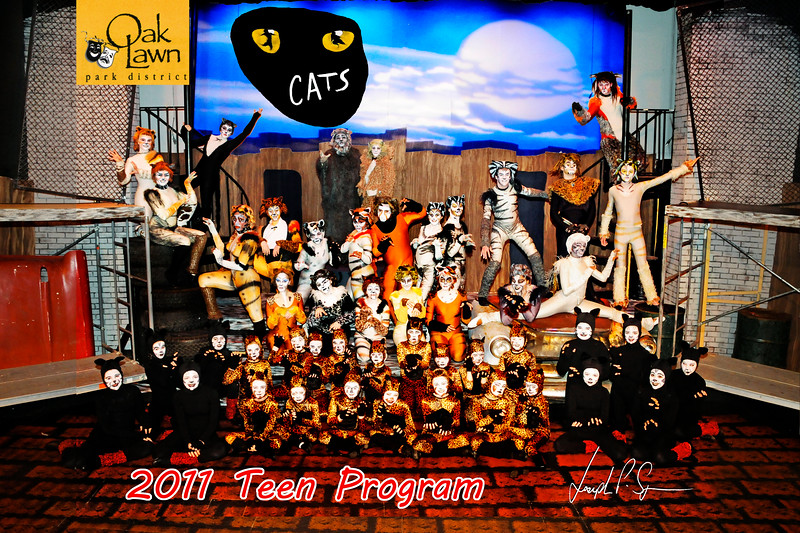 OLPD Red Teen Cats 2011 cast picture (1031) 20x30