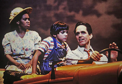 "Chandra Wilson, Natalie DeLucia, Gregory Harrison ""Paper Moon"""