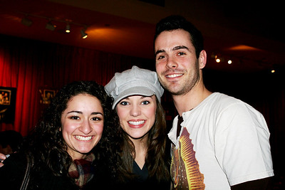 Joelle with Laura Osnes and Chad Doreck, at PLANET HOLLYWOOD NY with CCA crowd. 03/25/08