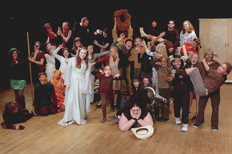 Cast and crew.. what an unruly- I mean wonderful- bunch :)