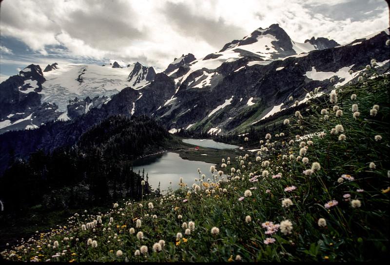 Yang Yang Lakes.jpg