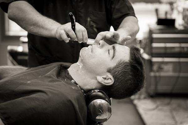 Barber Shop - BW-22