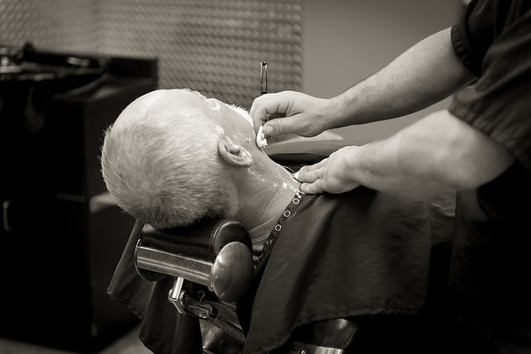 Barber Shop - BW-4