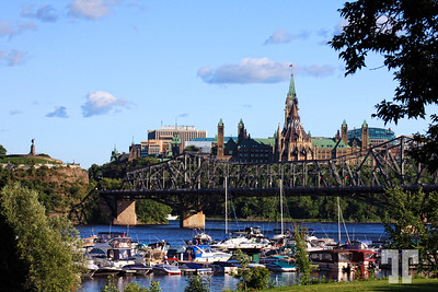 View of the Canadian Parliament from Gatineau, Quebec