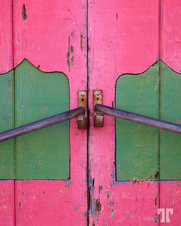 Pink door - Cozumel, Mexico