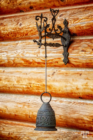 door-bell-log-cabin-Kalama-Wa