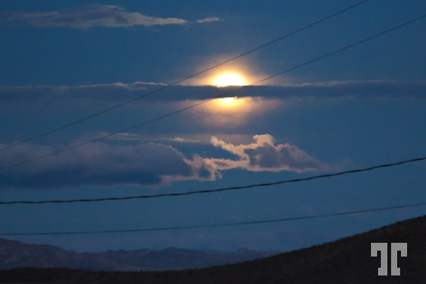 christmas-full-moon-mohave