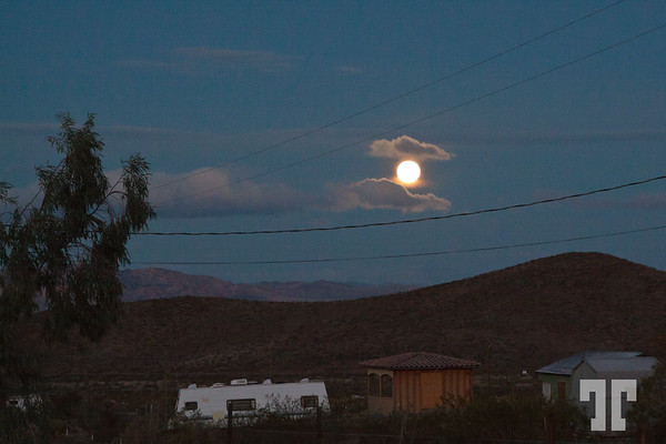 christmas-full-moon-mohave-3