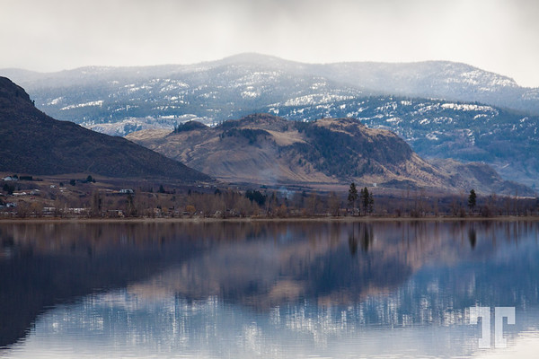 Penticton-mountains-lake-reflections-4