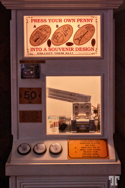 press-your-own-penny-machine-paris-vegas