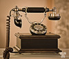 Old telephone  (ZZ)