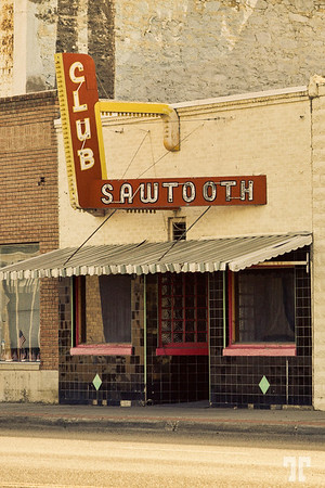 Club Sawtooth sign - Arco, Idaho