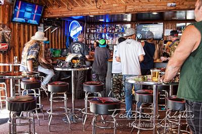 mt charleston-ski-resort-las-vegas-bar-6
