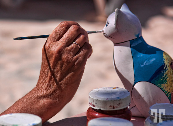 Arts and crafts beach activities in Cozumel, Mexico