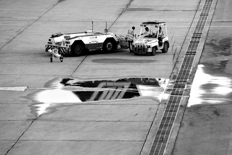 "Airbus A330-300<br>Singapore-Changi International<br><span style=""font-size:75%"">©Yangchen Lin</span>"