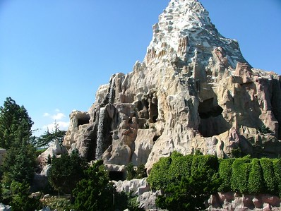 The Waterfalls have been turned back on on the Matterhorn