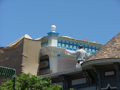 1 PM on Main Street, painting continues across from the Carnation Cafe area (above Chester Drawer's Inn...)
