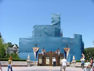 Enough Dodger Blue for you... UGH, why DODGER Blue?????