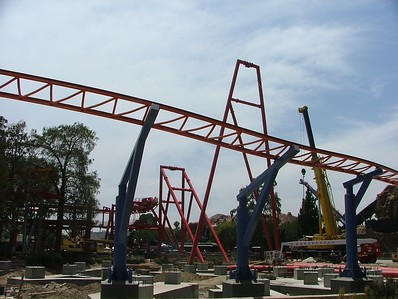 The Lift Hill continues to grow