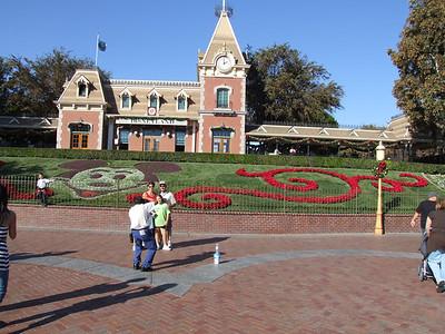Disneyland Resort - 11/08/06