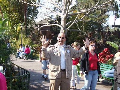 Hey, look, its Maynard doing crowd control, trying to keep folks from walking INTO Adventureland, as they are doing one way traffic
