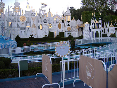 it's a small world is closed for the switchover back to the regular version.