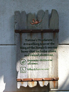 Interesting to see they added a new sign to the wheelchair ramp to Tarzan's Treehouse.