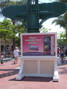 A new, smaller sign has been placed just inside the west checkpoint