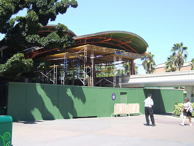 The Painting Scaffolding is extended at the Dtd Monorail Station