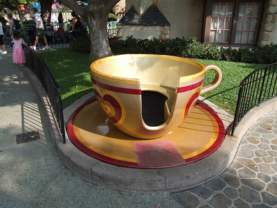 The Photo Op Tea Cup is still available