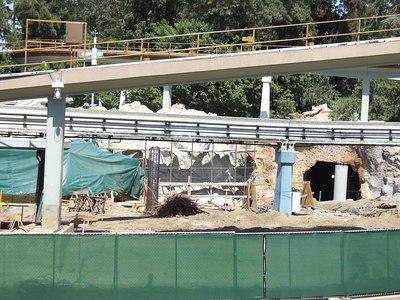 Another post for the new Monorail loading ramp is being built