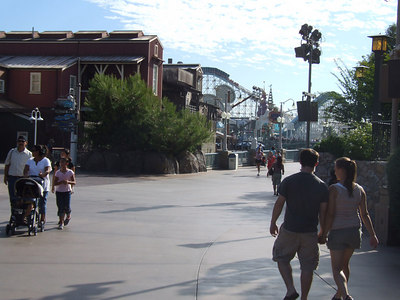 This is Saturday of Labor Day weekend and the park is VERY quiet