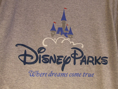 Hey, if I go to a park, I want something for the SPECIFIC park, not this shirt