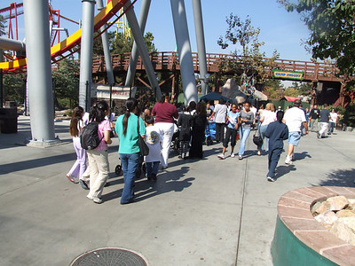 A VERY Busy Saturday at Knott's