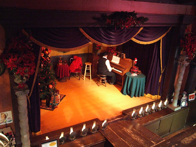 Knott's - Calico Saloon Holiday Show - 11/25/06