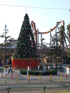 Don't forget the Toys for Tots Drive, you can get into Knott's free with a donated new toy worth at least $10 on December 2, 3, 9, 10, 16 and 17, 2006.