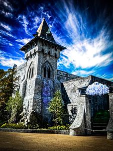 Frost Bite, Curse of DarKastle Busch Gardens - Williamsburg, Virginia