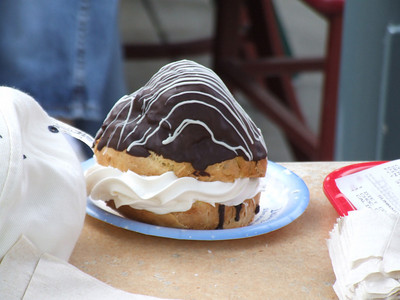 A regular size Cream Puff, or should we say oversized.