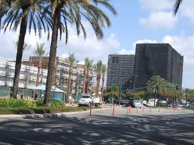 The building on the right is the WorldMark Timeshare hotel