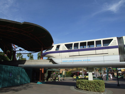 Both Monorail Red and Purple were out doing full laps... Looks good for a Friday re-opening and a higher capacity for Spring Break crowds, which also start this Friday...