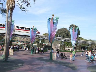 Neat to see the Monorail going over the Disneyland turnstile area