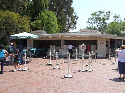 Strollers and Wheelchairs are still being rented in the parks, not in the Main Entrance Area.
