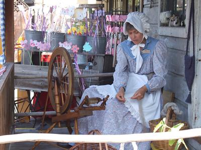 Hand spinning yarn and thread