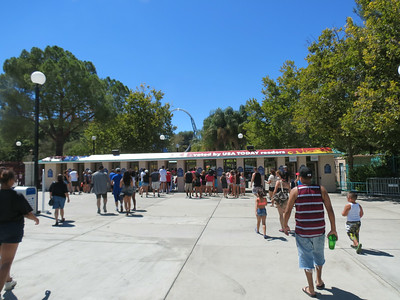Six Flags Magic Mountain - Last Day for Colussus - 8/16/2014