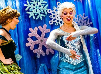 Queen Elsa & Princess Anna, Walt Disney World Festival of Fantasy Parade - Orlando, Florida