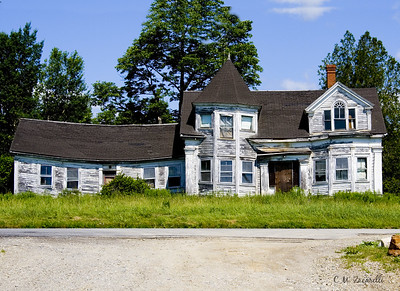 maine, old house, abandoned, along the highway, falling down, house